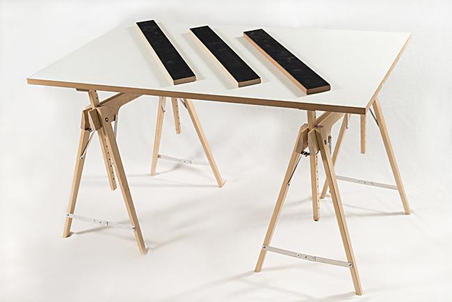 Tischbock h henverstellbar aus holz der faltbock for Tischbock design