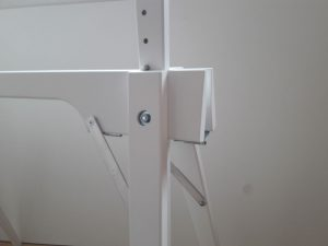 der h henverstellbare faltbock aus holz leicht stabil. Black Bedroom Furniture Sets. Home Design Ideas